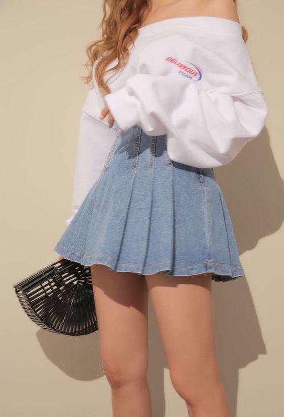 26 Hipster Outfits That Will Inspire You #koreanfashion  #koreanfashiontrends  #korean  #denimskirt