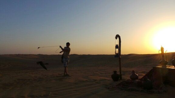 Play with a birth in the desert of Dubai