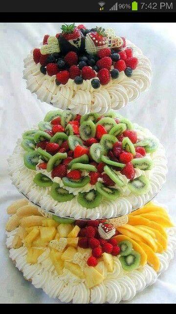 #fruitplatter #fruittray #fruitcake #cakedesign #amazingfood #fancyfood #fingerfood #fooddesign #amazinghorsdouvre #amazingappetizers #amazingfirstplates #amazingmaincourses #amazingdesserts #amazibgcajes #cakes #weddungcakes #gourmet #parties #party #events #event #elegantparties #elegantevents by Party Round Green Call Danilo +39 02 2610052 +39 335 6815268 www.partyround.it