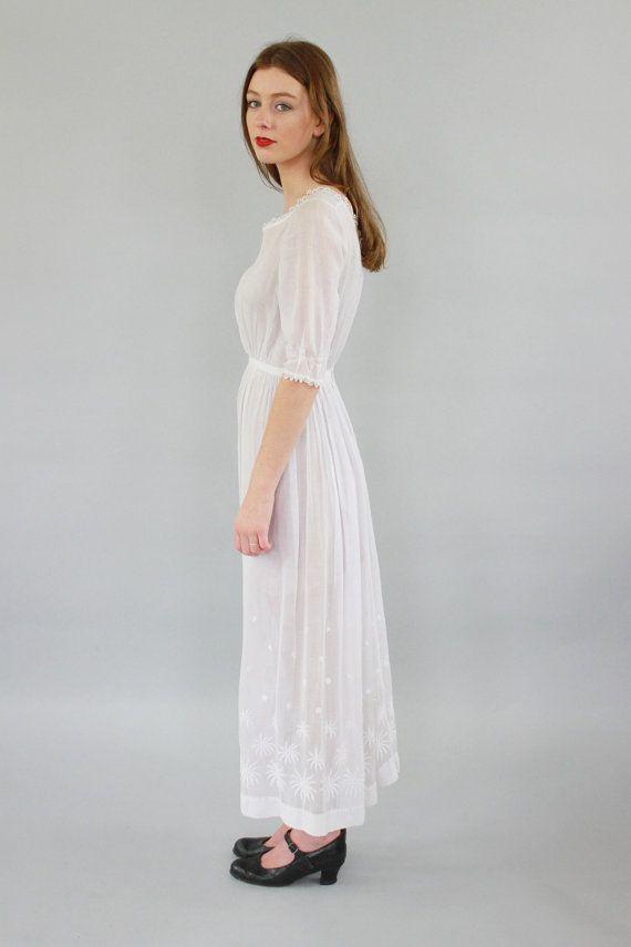 Vintage Edwardian White Lawn Dress / XXS/XS by SarahAndLudoVintage
