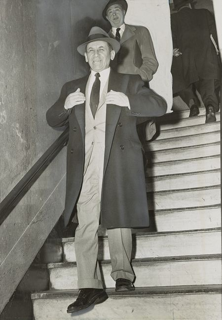 Lucky Luciano partner and mobster-account Meyer Lanksky leaving a NY court, February 12, 1958.