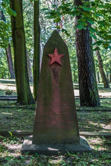 Cmentarz żołnierzy radzieckich - Kielce, Poland