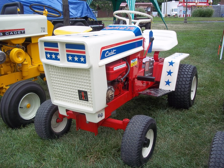 Red Cub Cadet Tractors : Best images about farmall cubs on pinterest