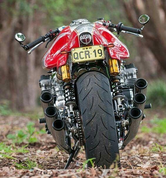Monsterlijke Honda CBX 1000 six zescilinder motor