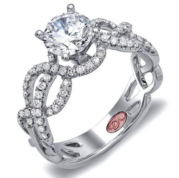 Some Advices To Buy Engagement Rings With Center Stone Included
