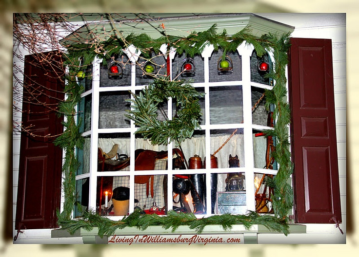 Living in williamsburg virginia colonial christmas for Williamsburg home decor