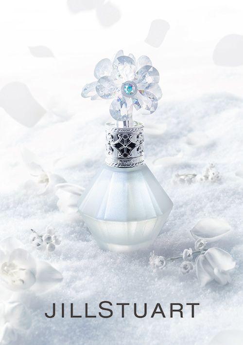 ジルスチュアート ビューティから新作香水「クリスタルブルーム スノー」- 透明感あふれる凛とした香りの写真1