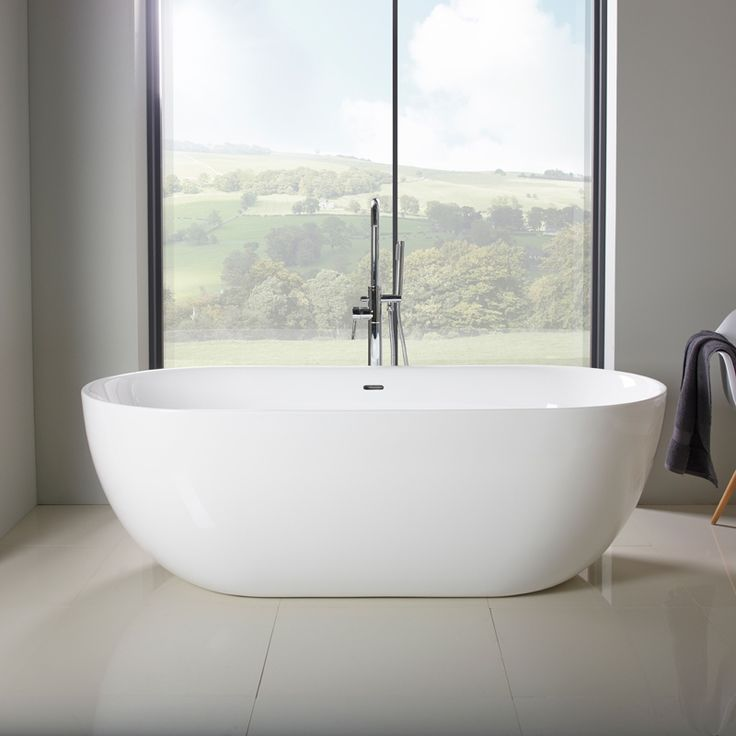 The ergonomic design of the freestanding Azure bath is the perfect partner to create a truly stunning bathroom.