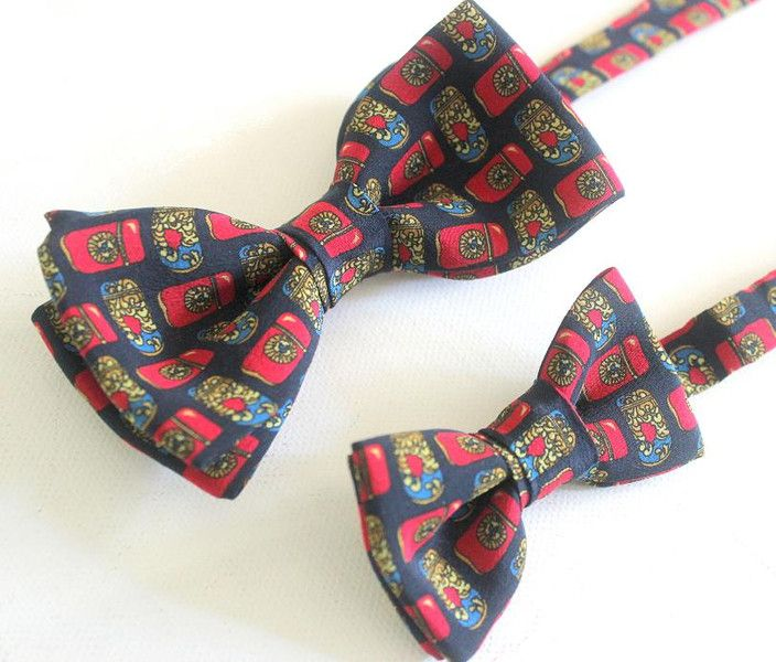 Taufkleidung - Vater-Sohn Fliege marine-rot,klassisch,Seide - ein Designerstück von oh-que-bonito bei DaWanda