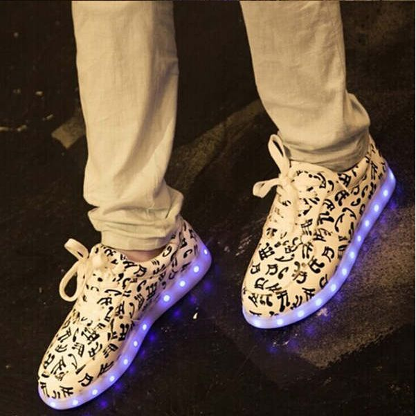 LED光る靴 発光靴 運動靴 カップル 光る靴 マジック式 厚底 ダンス スニーカー