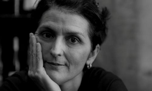 Cristina Bowerman: non siamo angeli del focolare. I cliché culturali e la sexual aurea dei colleghi maschi. Dibattito sulle donne nella ristorazione