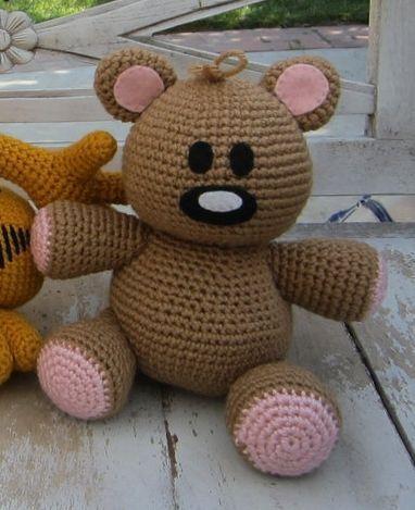 crochet pattern - pookie bear -Scroll down for the pattern for Pooky. It is there below the photo of the three stuffed animals. ༺✿ƬⱤღ https://www.pinterest.com/teretegui/✿༻