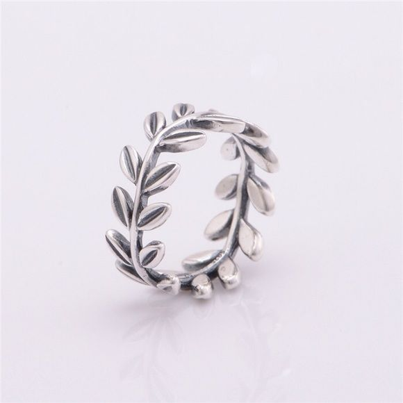 Fake Pandora Laurel Wreath Ring Sterling silver, size 7, FAKE, ring for sale is first image, real pandora ring is second image, looks completely real Pandora Jewelry Rings