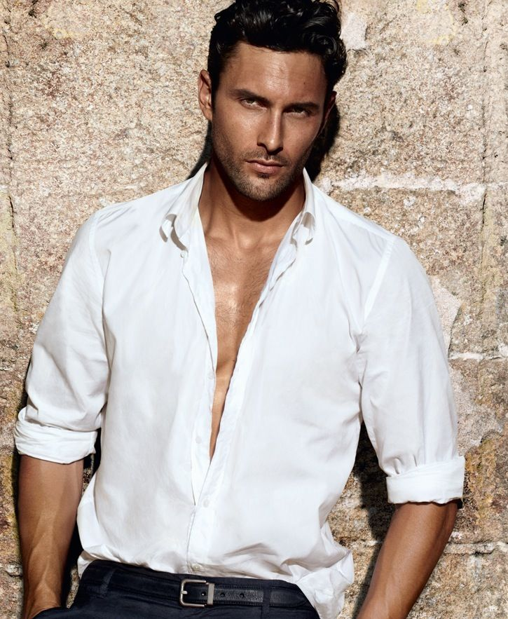 hot!!! noah mills by Mario Testino for dolce