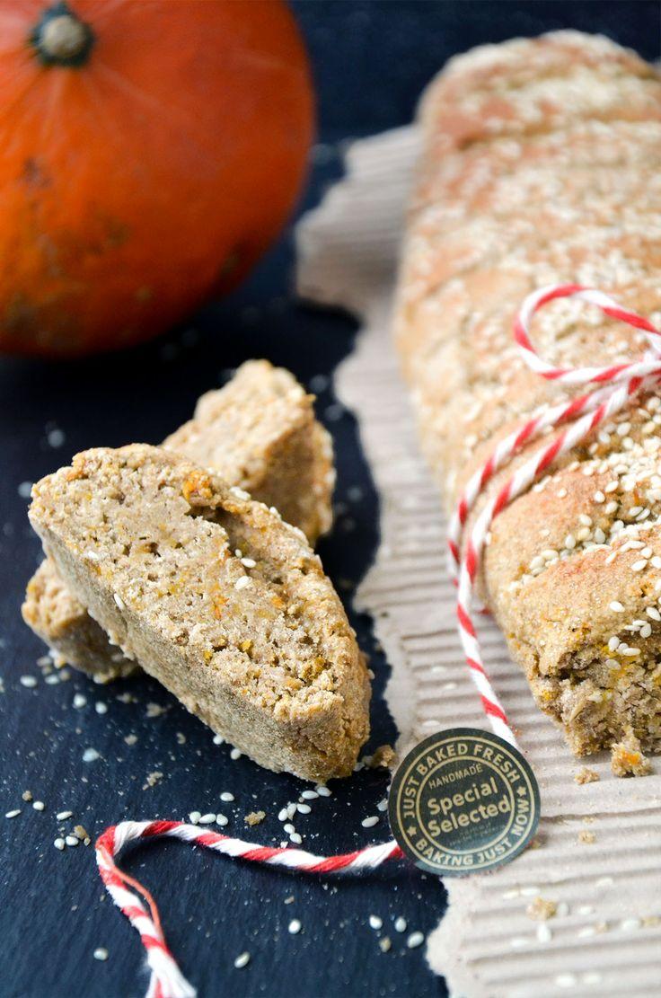 http://sokzycia.pl/dyniowa-bagietka/ #bagietka #chleb #ciasto #dynia #przepis #bezglutenu #bezcukru #pieczywo #jesien #wegetarianski #bread #cake #pumpkin #recipe #glutenfree #sugarfree #taste #cook #baked #autumn #halloween #idea #diy #sokzycia  #wow #foodporn #foodlove #fit #foodsport #peitpain