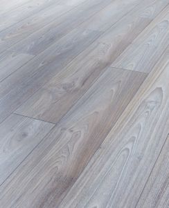 Kronospan Sterling Asian Oak Laminate Flooring Wickes Co Uk