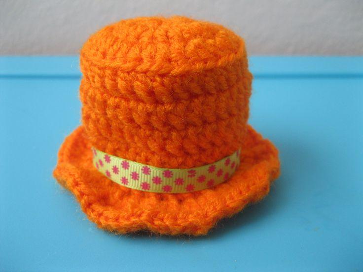 ORANGE HAT !!!