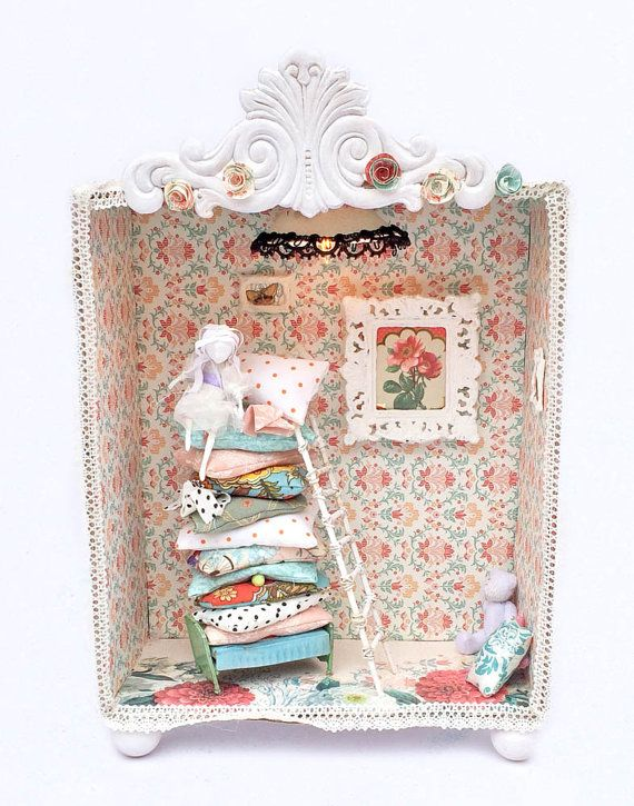 Princess and the Pea Diorama night lumier on Etsy, $200.00