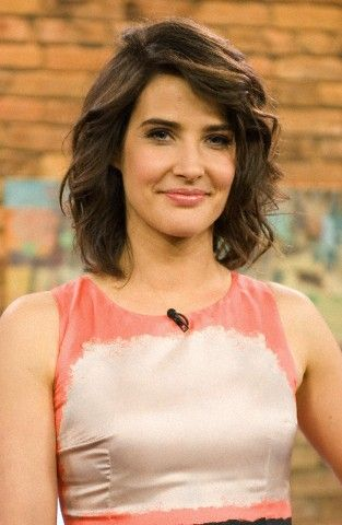 Cobie Smulders' curly short hair. Robin How I Met Your Mother HIMYM