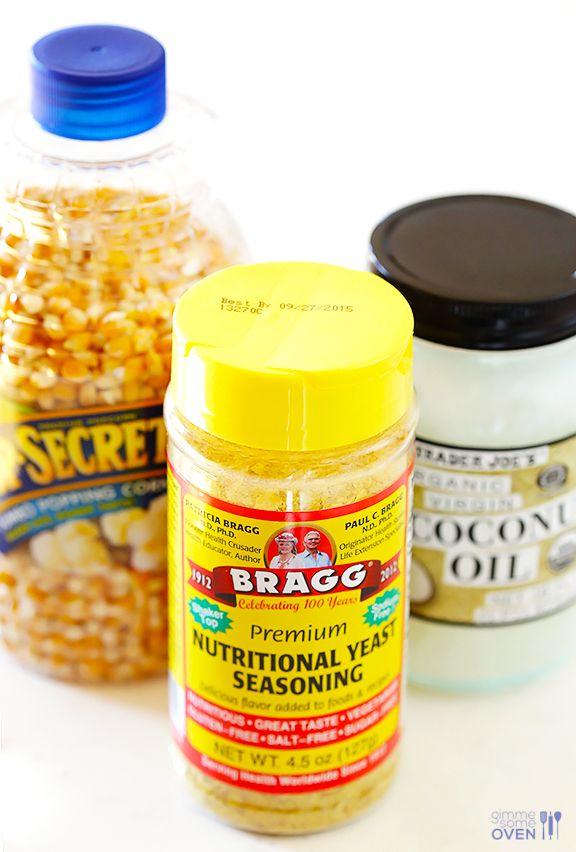 The BEST Butter-Free Popcorn (Nooch Popcorn) -- it's #vegan, #glutenfree, #dairyfree, healthier, and SO tasty! gimmesomeoven.com