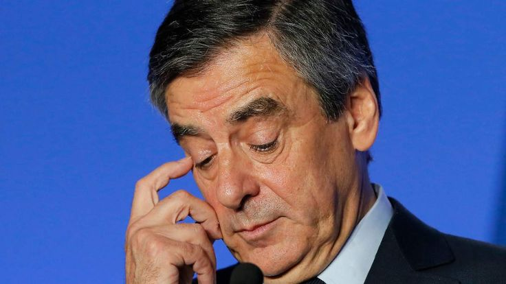 Verdacht der Veruntreuung: Justiz eröffnet Verfahren gegen Fillon
