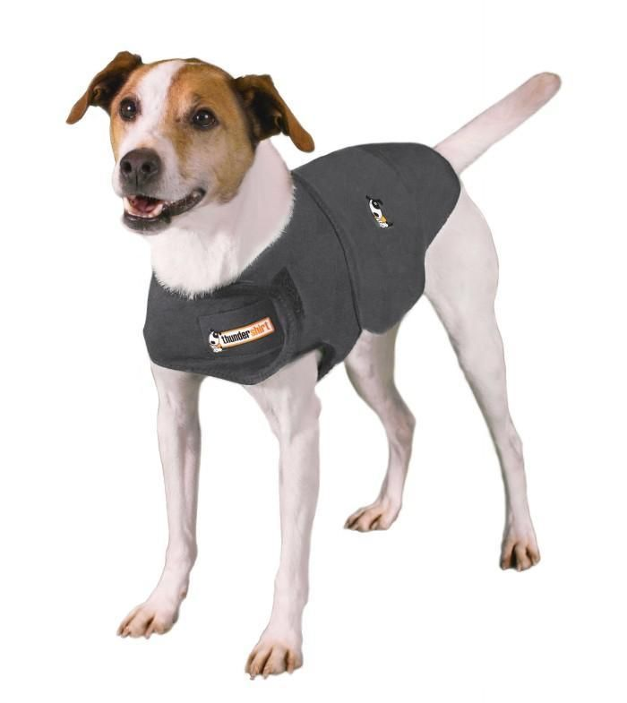 Anti-Anxiety vest for Dogs has a calming effect for most anxious, fearful, or over-excited dogs.