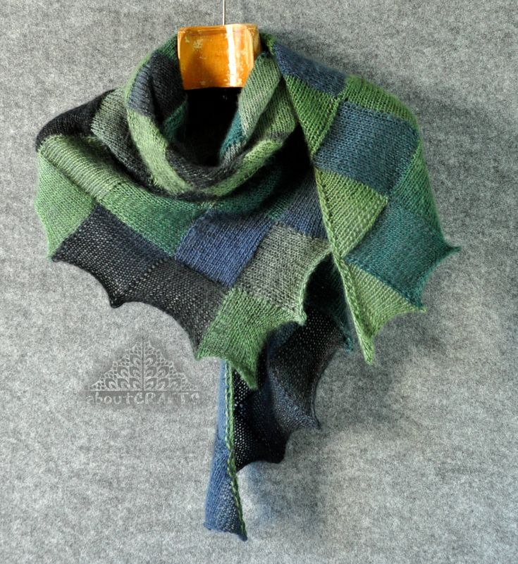 Hand knit triangle scarf, Green and grey scarf, Hand knitted scarf, Handmade scarf knitted, Entrelac scarf, Patchwork scarf, Gift for sister by aboutCRAFTS on Etsy