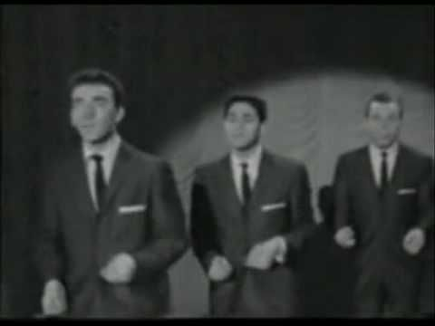 DANNY & THE JUNIORS   - AT THE HOP 50/60-re-recording) track 50/60s