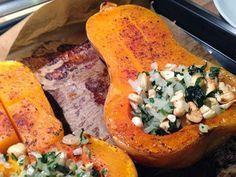 Mit Cashew und Petersilie gefüllter Butternut Kürbis | LuboBase