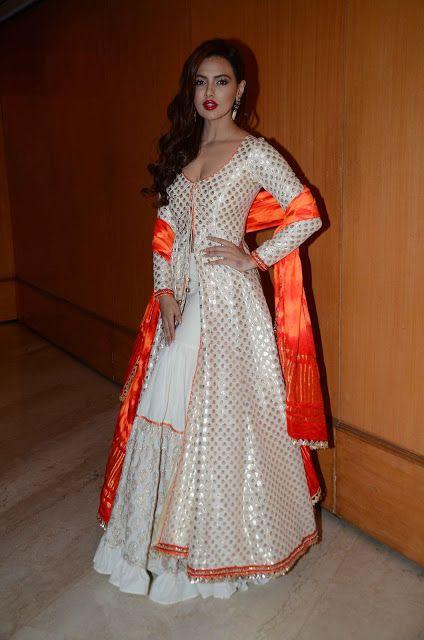Sana Khan in White Gown at Maheka Mirpuri Show