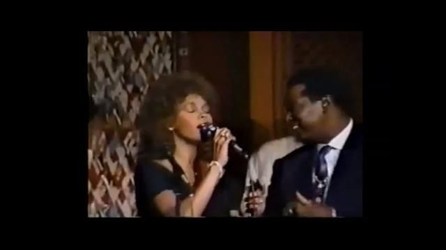 That S What Friends Are For Live Whitney Houston Dionne Warwick Luther Vandross Bebe And Cece Winans Luther Vandross Contemporary Music Pop Star