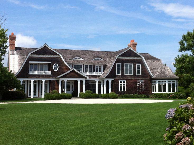 Reckless bliss hamptons shingle style homes hamptons for Architects hampton