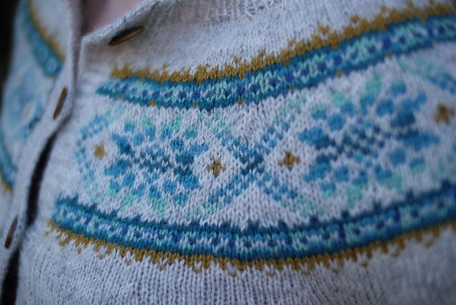 Ravelry: Project Gallery for Plum Frost Pullover & Cardigan pattern by Elinor Brown