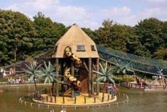 Voor kinderen is een bezoek aan de grootste speeltuin van Europa, de Linnaeushof, één groot feest! Kom ook naar Bennebroek!