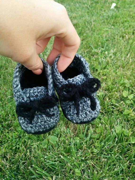 Baby Sneaker Booties