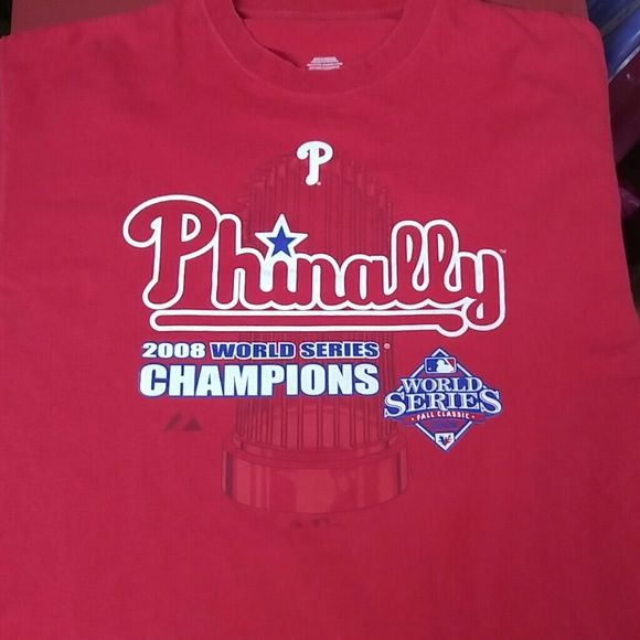 Mens Phillie's 2008 World Series t shirt size XL Mens Phillie's 2008 World Series t-shirt size XL in excellent used condition Shirts Tees - Short Sleeve