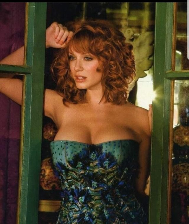 Pin by PG Freedom on Well Endowed Christina Hendricks in
