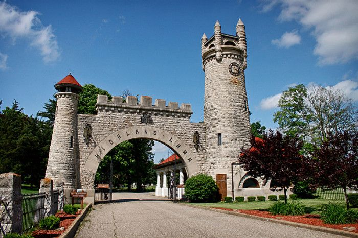 Highland Lawn Cemetery Entrance in Terre Haute