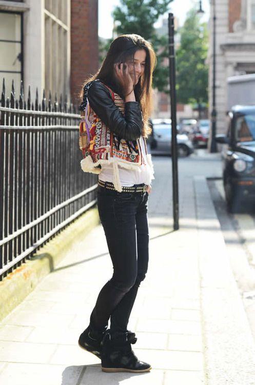 #streetstyle #fashion #sneakers #trainers #chic #stylish #fashionista #fashionweek