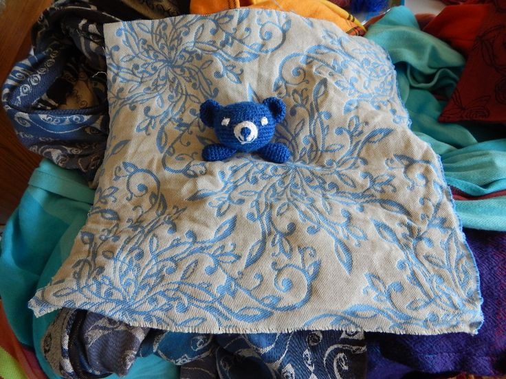 teddys head ready, the scrap is cutted to size, before seaming