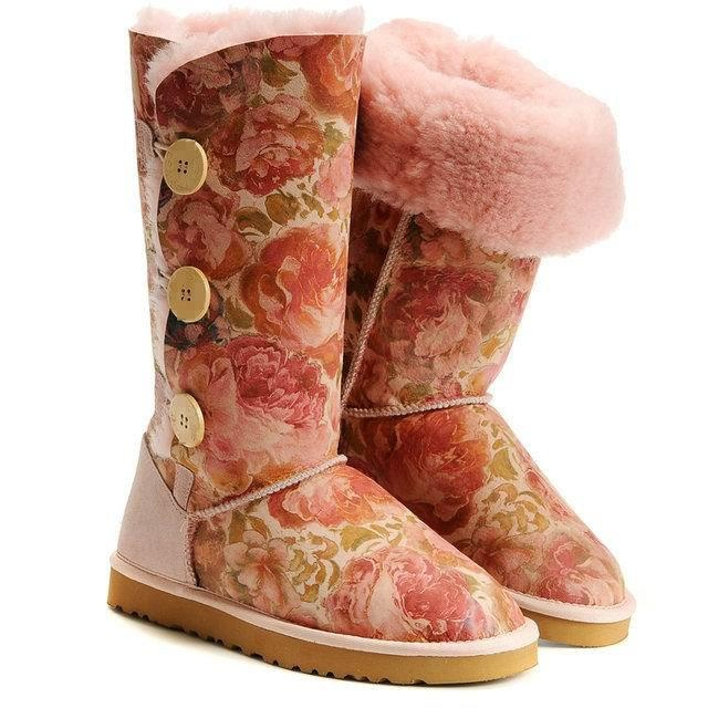 #UGG #floral #fashion
