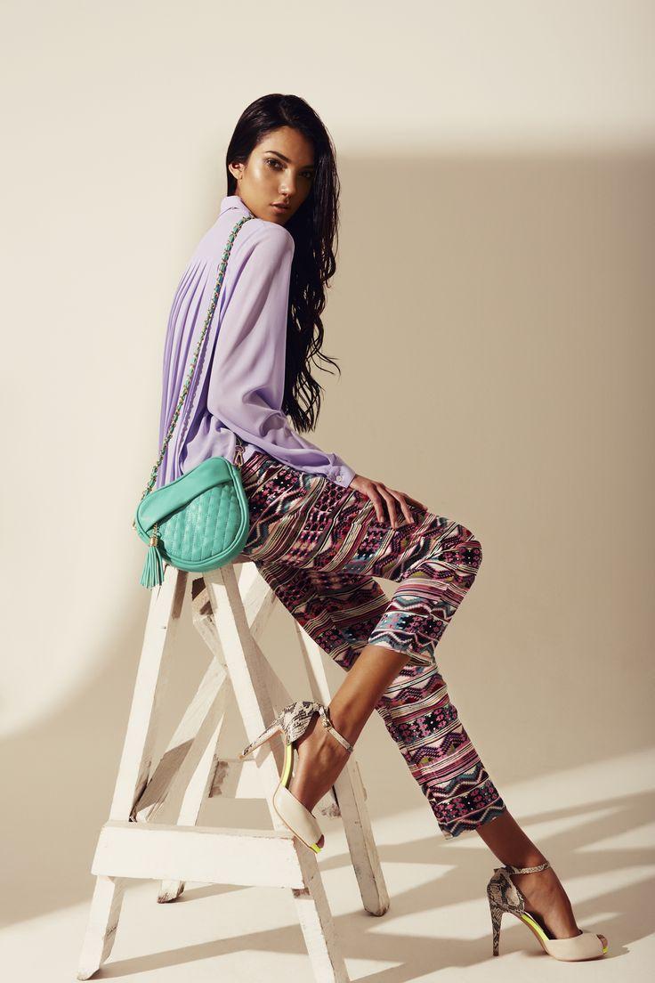 Blusa lila plisada