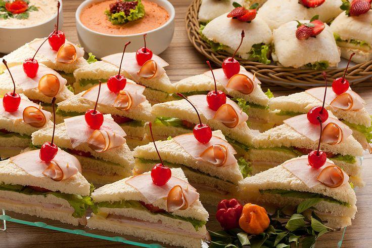 mini sanduiches