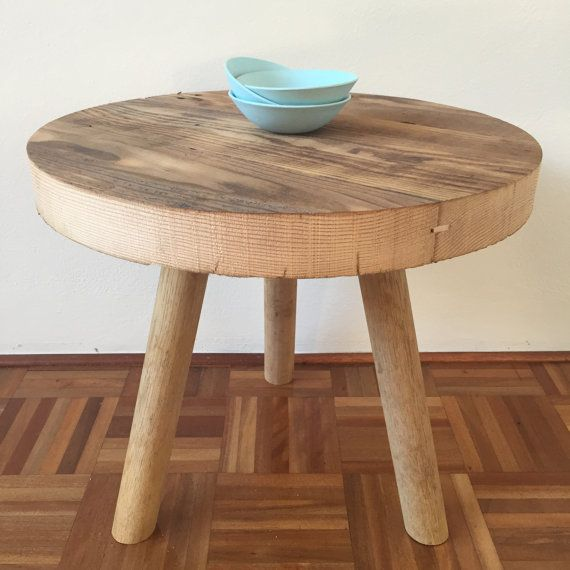 Hand made minimalist table with round reclaimed wood top and tubed  tripod-style wooden legs - Best 25+ Reclaimed Wood Side Table Ideas On Pinterest Wood Side