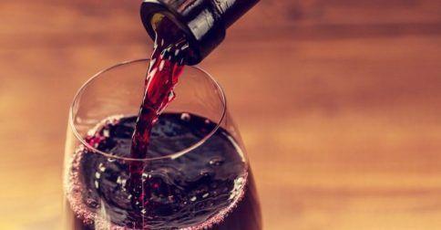 Δείτε πως θα Καταλάβετε αν το Κρασί σας Έχει Χαλάσει: http://biologikaorganikaproionta.com/health/245166/