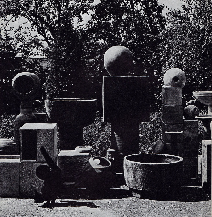 1971, monumental work by Mobach...