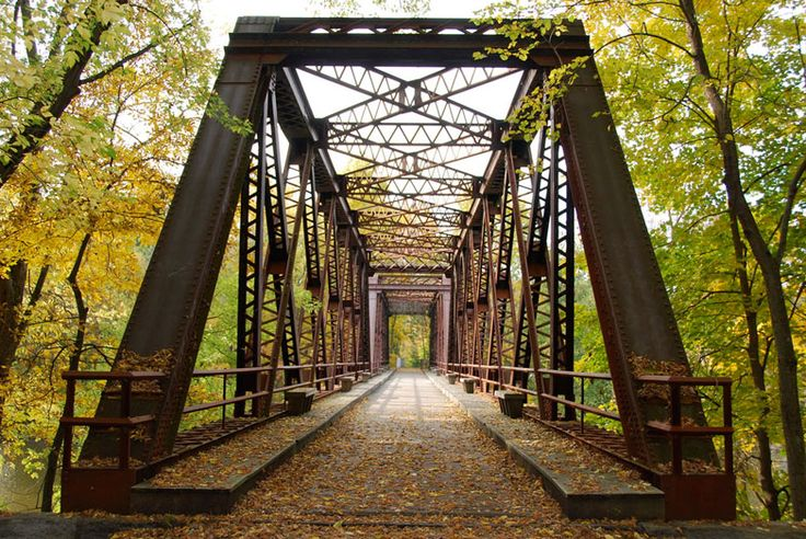 Wallkill Valley Railroad Bridge near New Paltz. Photo by Katy Silberger, Creative Commons Attribution license.