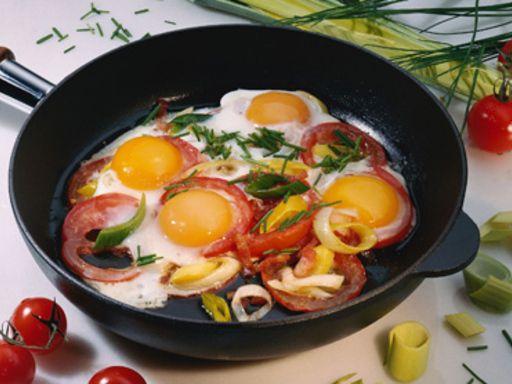 Rezept Eier-Tomaten-Pfanne, unser Rezept Eier-Tomaten-Pfanne - gofeminin.de