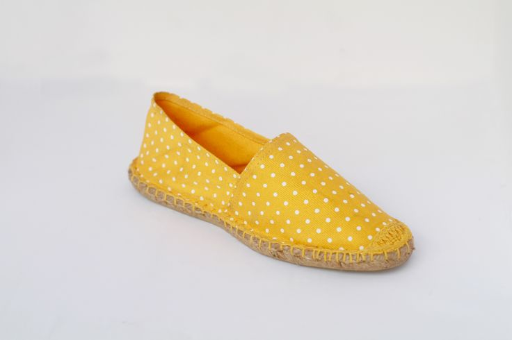As spring is coming get ready with this bold new shoe. http://modevoila.com/index.php?route=product/product&path=17_63&product_id=77