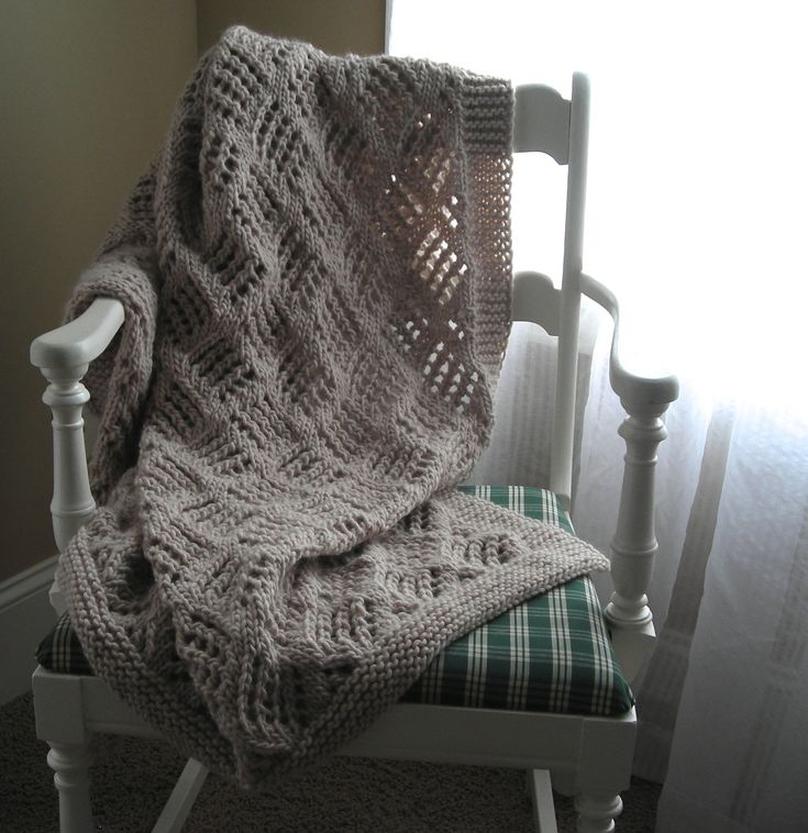 17 Best images about Knitted Blankets on Pinterest Knitting, Yarns and Chun...